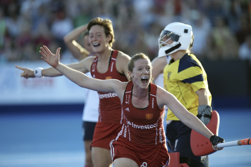 LONDON - Unibet EuroHockey Championships women. 03 ENG v SCO (Pool B) Foto:  Helen Richardson-Walsh celebrating the 2-1. FFU PRESS AGENCY COPYRIGHT FRANK UIJLENBROEK