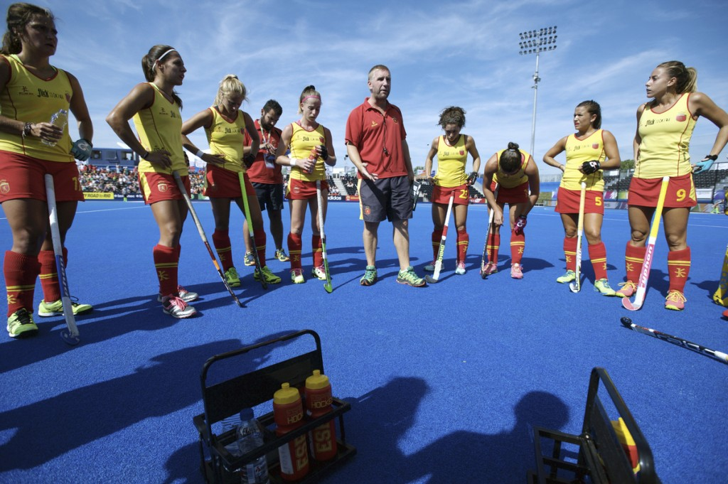 LONDON - Unibet EuroHockey Championships women. 01 BEL v ESP (Pool A) Foto: Spanish women coach Adrian Lock. FFU PRESS AGENCY COPYRIGHT FRANK UIJLENBROEK